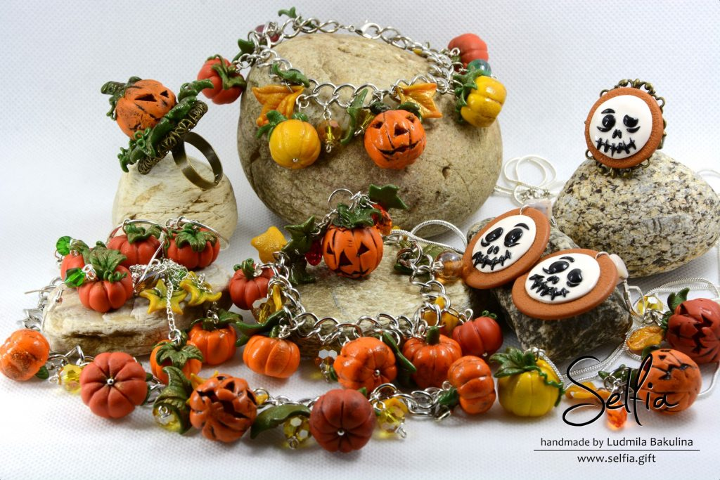 Pumpkins from polymer clay. On my table today 12