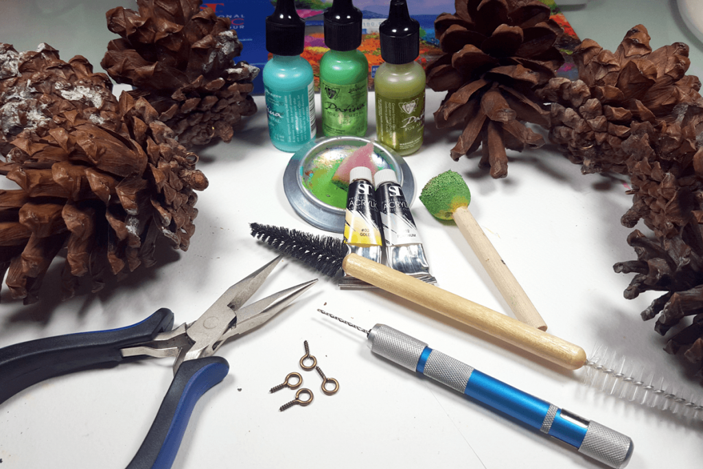Creating New Year Tree Toys from natural pine cones 2