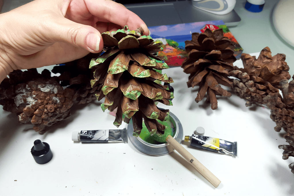 Creating New Year Tree Toys from natural pine cones 16