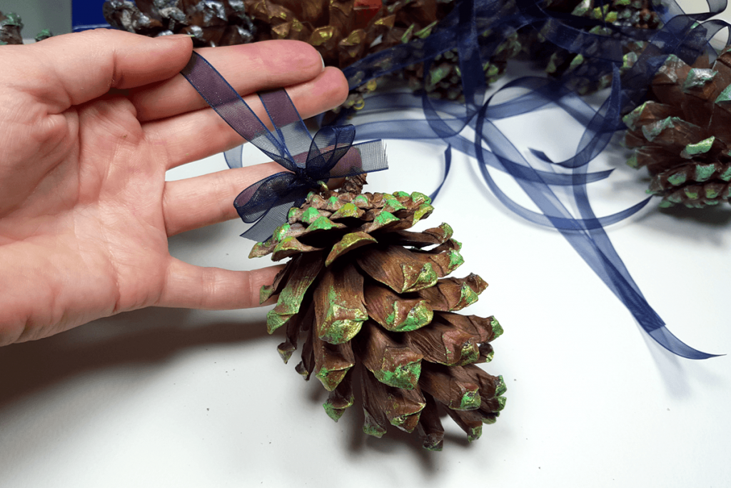 Creating New Year Tree Toys from natural pine cones 32