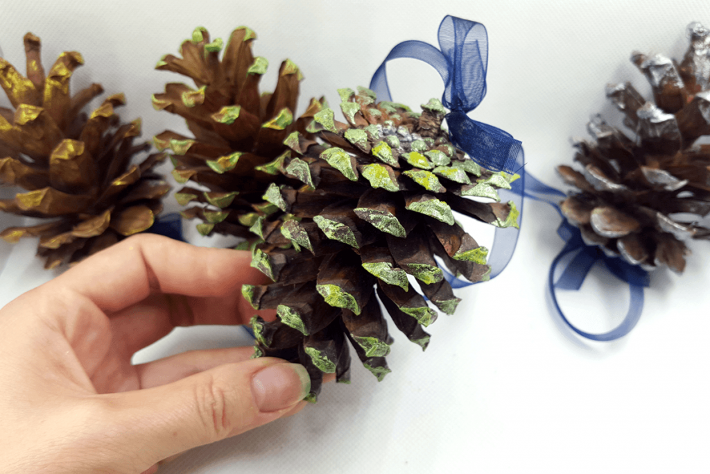 Creating New Year Tree Toys from natural pine cones 33