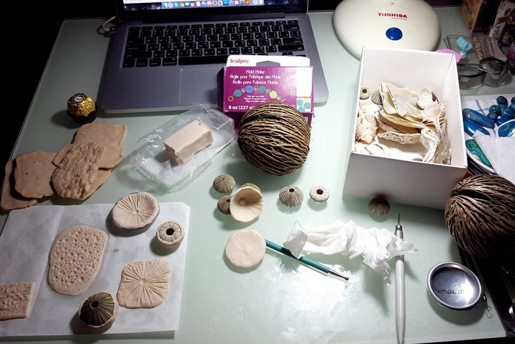 Free Tutorial: Different textured sheets using mould sculpey 1