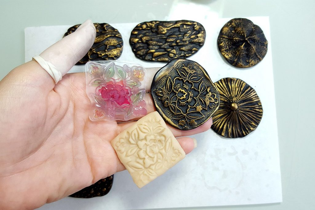 Free Tutorial: Different textured sheets using mould sculpey 13