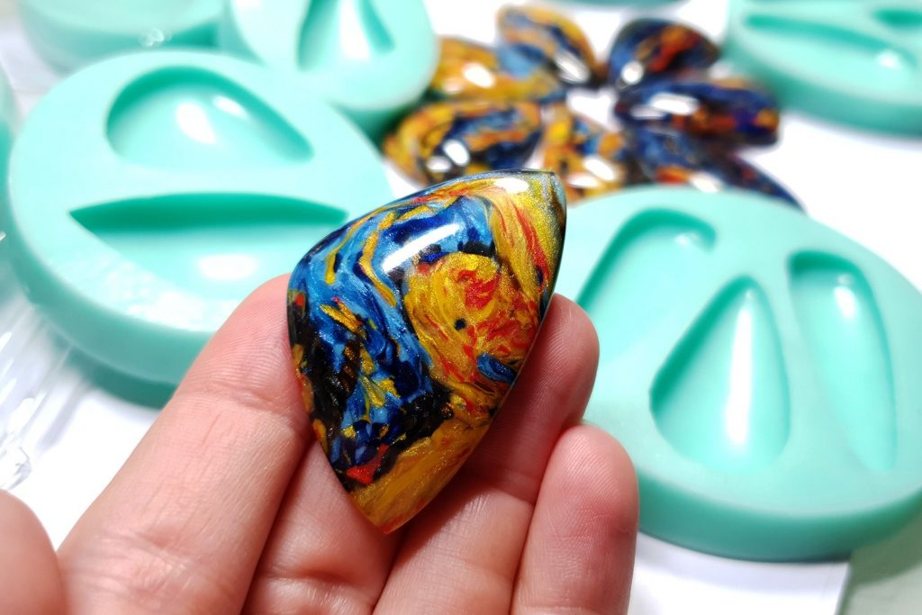 My new Stone Cabochon molds from Yaroslav's Molds 5
