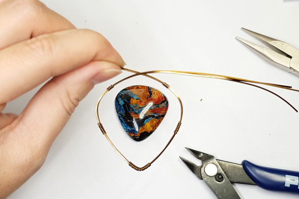 Free Tutorial: Wire Wrapped Faux Pietersite Stone cabochon 4