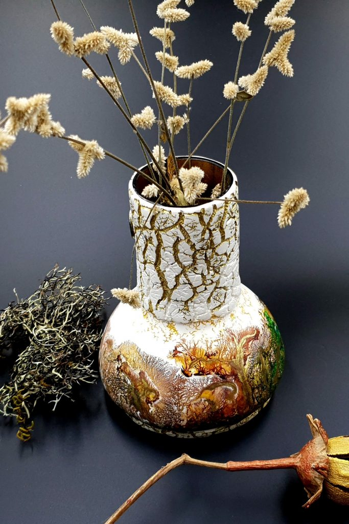 Free Tutorial: Dendritic Acrylic Pouring on a curved baked vase 3